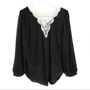 Blooming Jelly, Black Top with White Lace, Med NWT